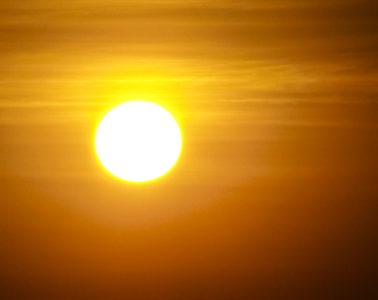 sun-in-smog-1160378